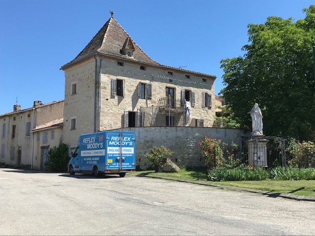 France Removals Valence to the UK